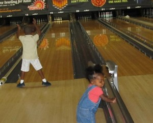 To Do Today: Let's Bowl (and Eat too!) @ AMF College Park Bowling Lanes